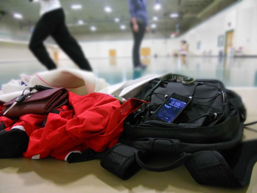 Series of thefts at the Recreation Center alert campus