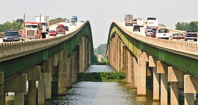 The Tennessee River bridge near Decatur, Ala.   (AP/The Decatur Daily, Jonathan Palmer)