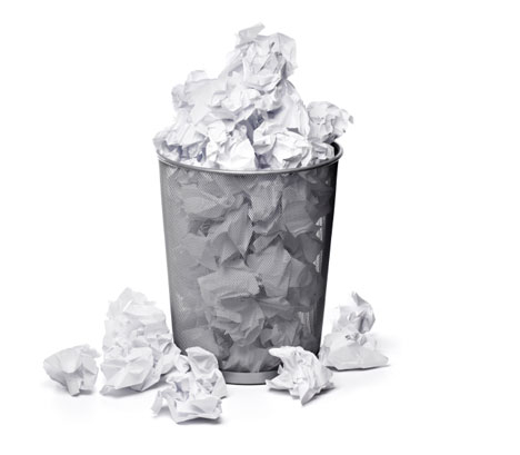 NOT NEWSWORTHY NEWS: Student spends 20 minutes trying to throw trash away