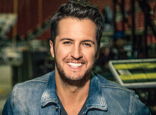 Country Star Luke Bryan Lights Up the Dome