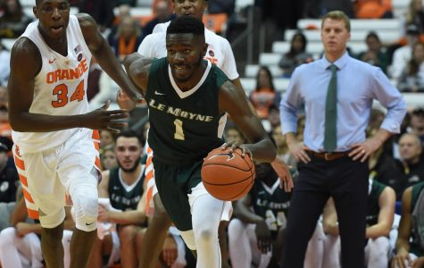 Junior Transfer Leads Offensive Charge in Scrimmage Against Syracuse