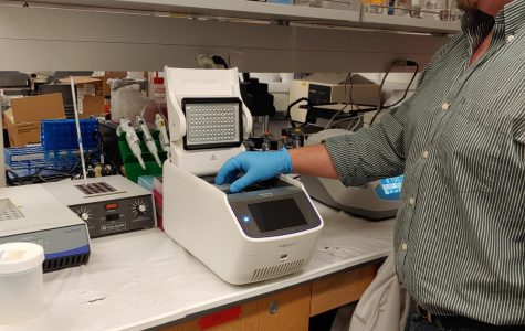 Biology Department Updates and Modernizes General Bio Lab
